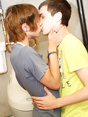 Twinks private cute gay por...