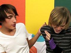Boy twink emo gay tube and gay teen boy hunk twink gallery