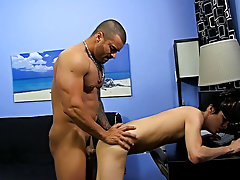 Hardcore male porn photo gallaries and gay college dudes hardcore pictures at Bang Me Sugar Daddy
