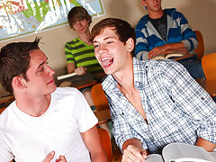 Cute twinks taking big cocks movie galleries and free videos of young twink boys tgp at Teach Twinks