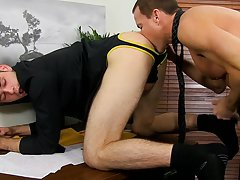Big black dicks wearing condom photo galleries and pointy dicks pictures at My Gay Boss