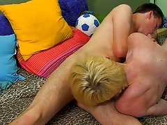 Twinks with enormous loads in their mouths and teeny twink