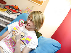 Cute arabian twink and sissy twinks with daddy pics