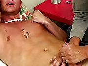 Male nude art class...